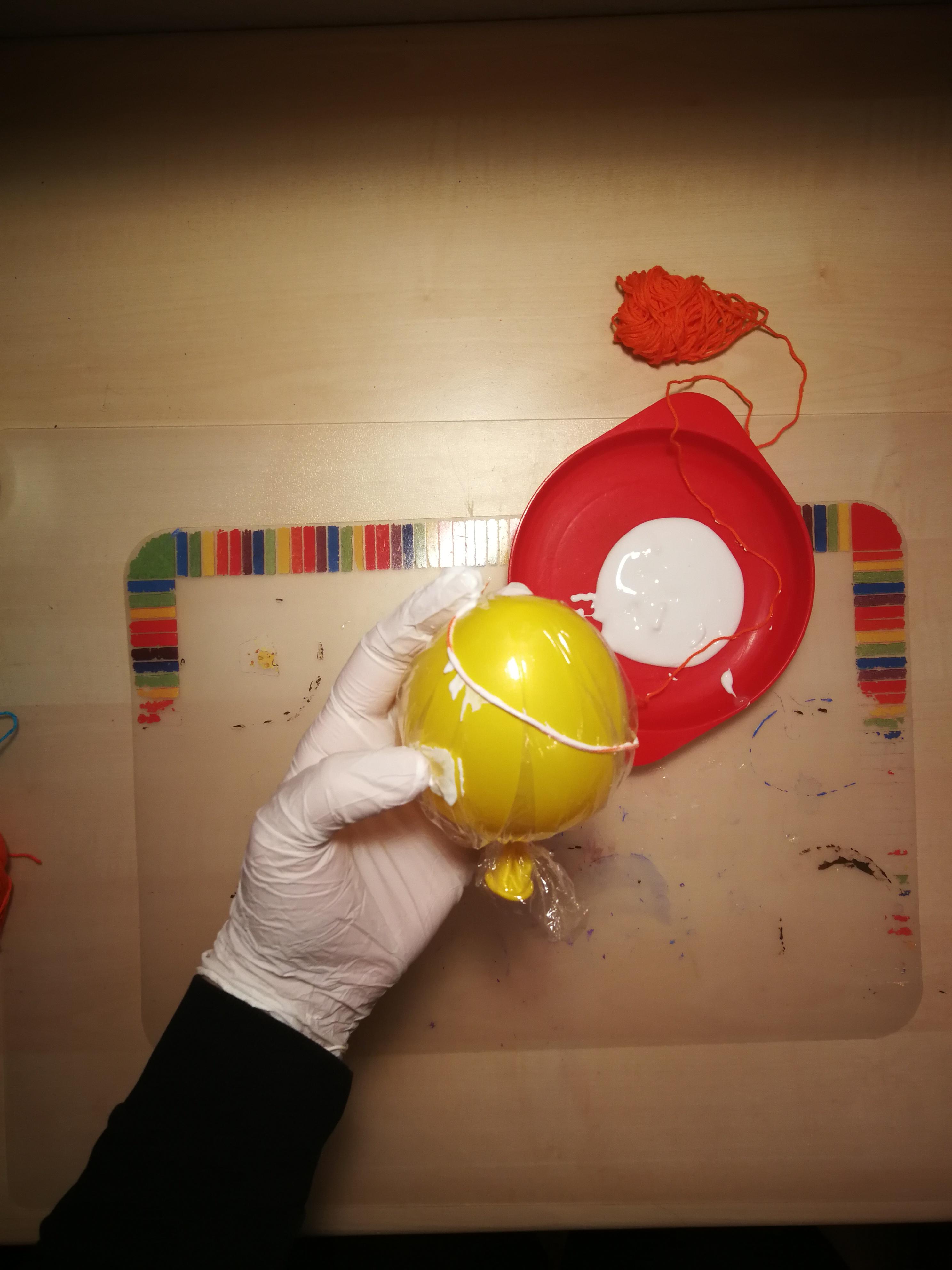 e_Wolle um Ballon